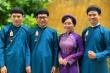 Nam công chức Huế mặc áo dài đi làm, dân mạng hào hứng tranh cãi