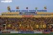 Báo Thái Lan: 'Bóng đá thế giới ngừng lại, Việt Nam vẫn mở tiệc linh đình'