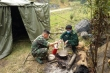 Lính biên phòng ăn rau rừng bám chốt kiểm soát COVID-19 nơi biên giới Việt - Lào