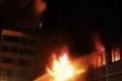 Người phụ nữ tàn độc phóng hỏa giết 13 người bạn hạnh phúc hơn mình
