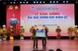 Tập đoàn Bảo Việt trao tặng 650 triệu đồng cho sinh viên