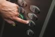 7 đồ vật tại nơi làm việc cần hạn chế tiếp xúc để tránh nguy cơ nhiễm Covid-19