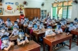 Bộ Giáo dục: Học sinh không cần đeo nón che giọt bắn ở trường