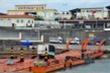 Thông quan cầu phao tạm trên sông Ka Long,  5 tấn tôm hùm được xuất sang Trung Quốc