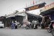 Hà Nội: Người bán rau dương tính SARS-CoV-2, chợ Phùng Khoang tạm đóng cửa