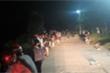 Người đàn ông lao xuống sông cứu nữ sinh nhảy cầu tự tử trong đêm