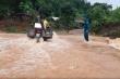 Mưa lớn khiến giao thông Lào Cai tê liệt, hồ chứa 60.000m3 bị sạt lở chân đập