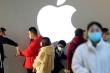 Covid-19 khiến doanh số iPhone 'tuột dốc' ở Trung Quốc