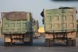 Đoàn xe cơi nới thành thùng, dàn hàng trên quốc lộ khiến dân Quảng Ninh kinh hãi
