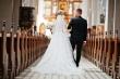 Covid-19 thay đổi tục lệ cưới ở Anh, tối đa 5 người tham dự