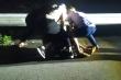 Video: Cảnh sát nổ súng, bắt tội phạm ma túy như phim hành động