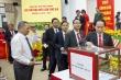 Đại biểu dự Đại hội Đảng bộ tỉnh Hậu Giang đóng góp ủng hộ miền Trung