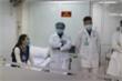 Ba nữ tình nguyện viên tiêm thử nghiệm vaccine COVID-19 liều cao nhất
