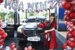 Mua ô tô 5 tỷ đồng, Hòa Minzy 'muốn khoe với cả thế giới'