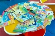 Sách tham khảo động chạm lợi ích nhiều giáo viên, nhà xuất bản...