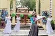 Thái Thị Hoa mặc  áo dài, múa nón lá thi tài năng tại Miss Earth 2020
