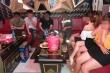 Bất chấp lệnh cấm, quán karaoke vẫn lén lút đón khách giữa mùa dịch COVID-19