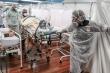 Brazil: Lo thiếu thuốc hỗ trợ, bệnh viện tính tháo máy thở bệnh nhân COVID-19