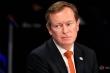 Bộ trưởng Y tế Hà Lan từ chức sau khi ngã quỵ trong cuộc họp Covid-19