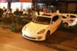 Hà Nội: Tài xế xe Porsche nghi bị đột quỵ, tông đổ nhiều cây xanh