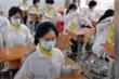 Video: Học sinh Trung Quốc dùng tấm chắn chống COVID-19