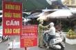 Ký giấy cho dân đi chợ ở tâm dịch Bắc Ninh, chủ tịch xã bị đình chỉ công tác