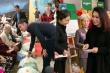 NSND Bạch Tuyết, Huy Khánh mang Tết sớm đến viện dưỡng lão nghệ sĩ