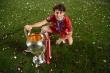 Đá 10 trận giành 4 cúp, cầu thủ Bayern khiến Messi, Ronaldo phải ghen tị