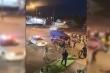 Video: Xe điên lao vào cảnh sát trong biểu tình ở New York