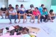 Gần 100 con bạc say sưa lắc tài xỉu, đá gà ăn tiền tại khu đất trống ở An Giang