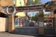 Đi học sớm, trẻ bị đứng ngoài cổng trường giữa trời nắng: Nhà trường xin lỗi