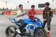 'Soi' mô tô Suzuki GSX-R1000 Minh Nhựa cầm lái ở Bình Dương