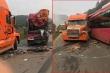 Container lấn làn vượt ẩu tông xe khách nát đầu: Tài xế gãy chân, hành khách hoảng loạn