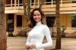 Các nàng hậu mặc áo dài trắng, gửi lời chúc đến sĩ tử thi tốt nghiệp THPT