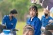 Nữ sinh lớp 11 xinh đẹp, tài giỏi nhận 'mưa' lời khen khi tiếp sức mùa thi