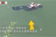 Ngã xuống sông, cụ bà 87 tuổi không biết bơi thoát chết nhờ 'tư thế cứu mạng'