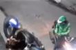Kẻ mặc đồng phục Grab dùng dao cướp xe máy người đi đường