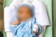 Bé sơ sinh bị bỏ rơi dưới hố ga dưới nắng nóng qua đời: Cần khởi tố người mẹ