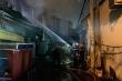 Cháy lớn ở TP.HCM, gần chục cửa hàng bị thiêu rụi