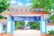 Giám đốc Sở GD&ĐT TP.HCM ký giấy trúng tuyển cho học sinh thiếu 7,75 điểm
