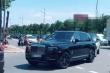 Nhà trai dẫn đoàn siêu xe trăm tỷ đến sân bay Nội Bài đón dâu