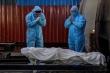 Thi thể chồng chất, bệnh viện Ấn Độ từ chối đón bệnh nhân