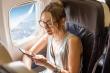 Tiếp viên hàng không tiết lộ 10 thứ bạn không nên mặc khi đi máy bay