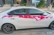 5 chiếc ô tô đỗ cạnh khu đô thị ở Hà Nội bị xịt sơn đỏ khắp thân xe