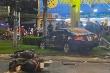 Ảnh: Hiện trường vụ ô tô Camry tông hàng loạt xe máy ở TP.HCM
