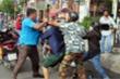 Đi tuyên truyền phòng dịch Covid-19, Tổ trưởng dân phố đánh nhau với dân