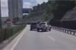 Xác định danh tính 2 tài xế ô tô rượt đuổi, chèn ép nhau trên cầu Bãi Cháy