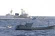 Tàu cá Trung Quốc bị bắt khi Ngoại trưởng Vương Nghị tiếp phái viên Nhật Bản