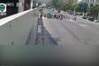 Video: Xe BMW vượt đèn đỏ, tông văng nhiều người lên không trung