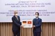 Việt Nam trao tặng 550.000 khẩu trang y tế cho 5 nước châu Âu